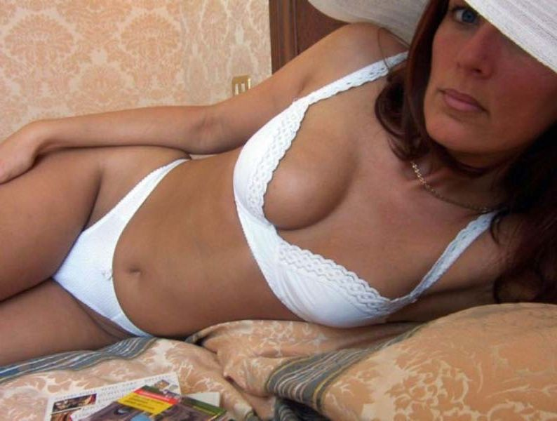 Fille fetichiste Bourg-en-Bresse ? Jennah, 48 ans